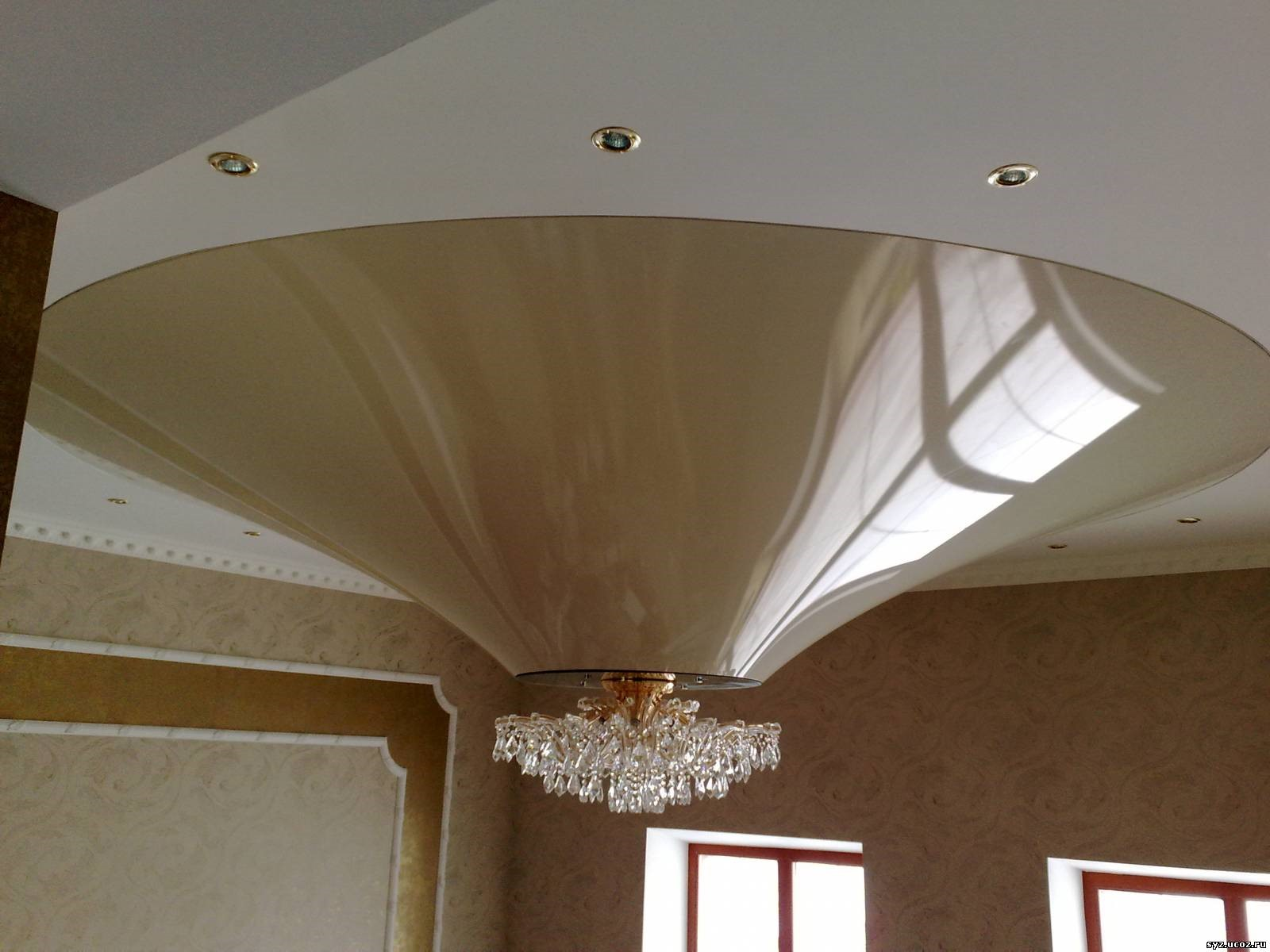 производство натяжных потолков конусовидной формы воронеж